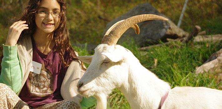 girl-n-goat